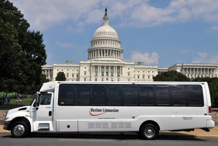 Tour Washington DC momuments and landmarks in luxury